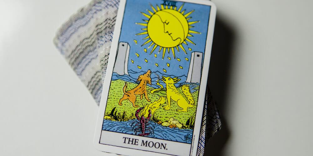 Tarot-moon