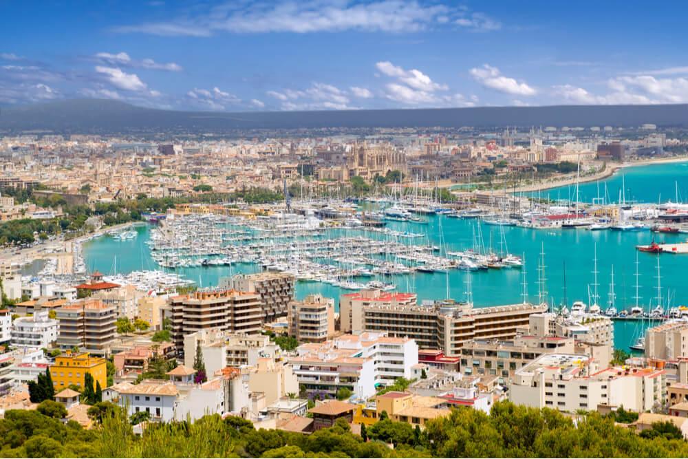 Palma is the major town of Mallorca.