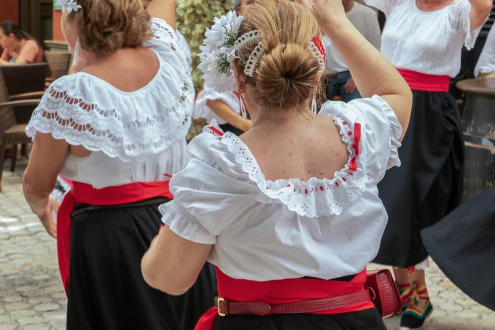 female dancers performing verdiales