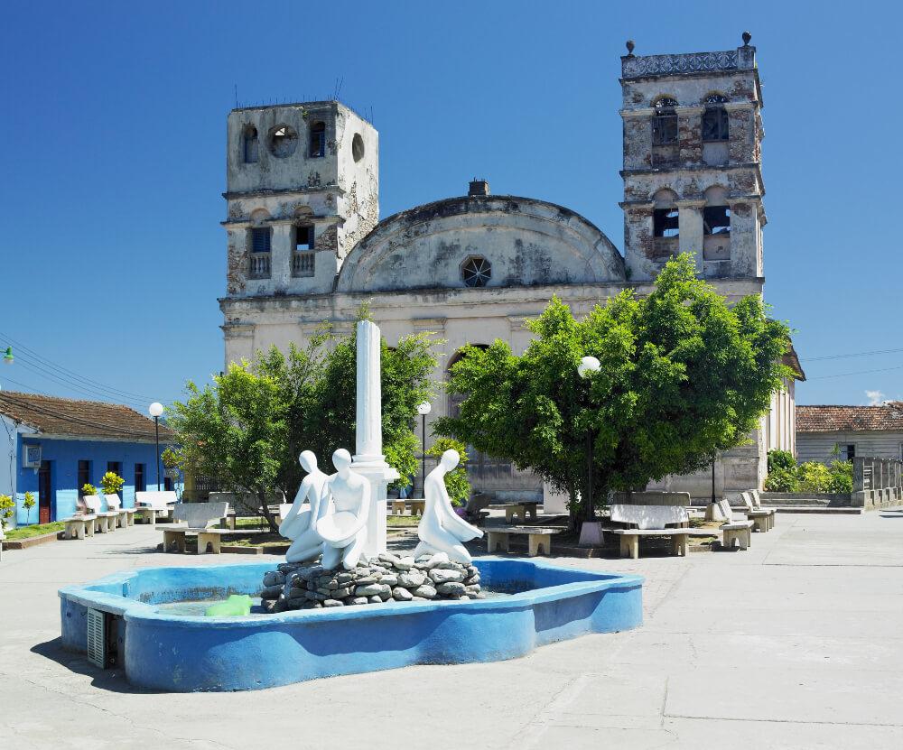 uestra Señora de la Asuncion Cathedral, Parque Central, Baracoa, Cuba