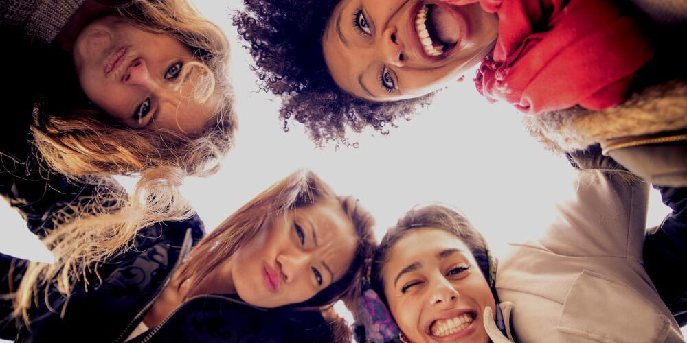 4 happy women