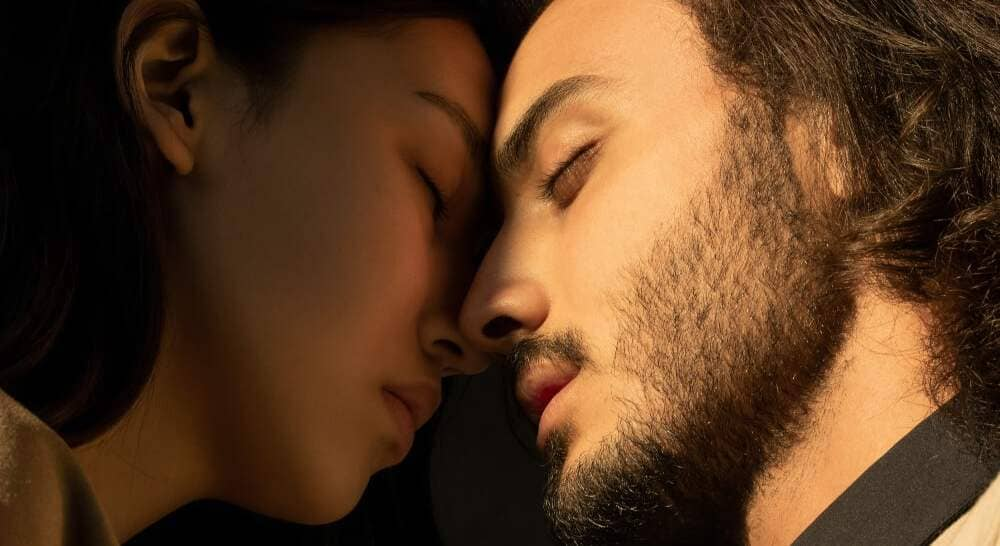 How Zodiac Signs Reveal Love: Cancer