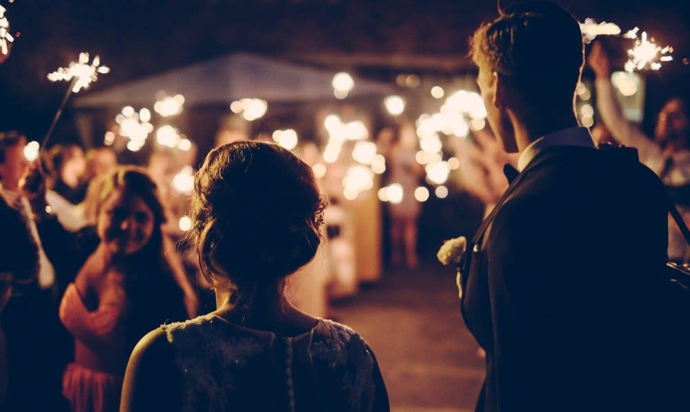 Leo and Capricorn both know how to celebrate the good times, their wedding would ultimately be amazing fun.