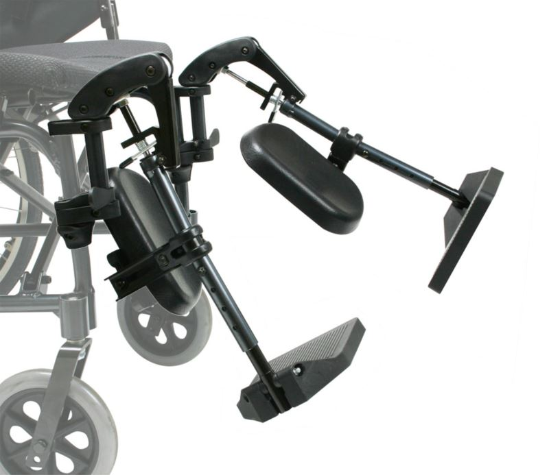 Attachable and detachable wheelchair footrest