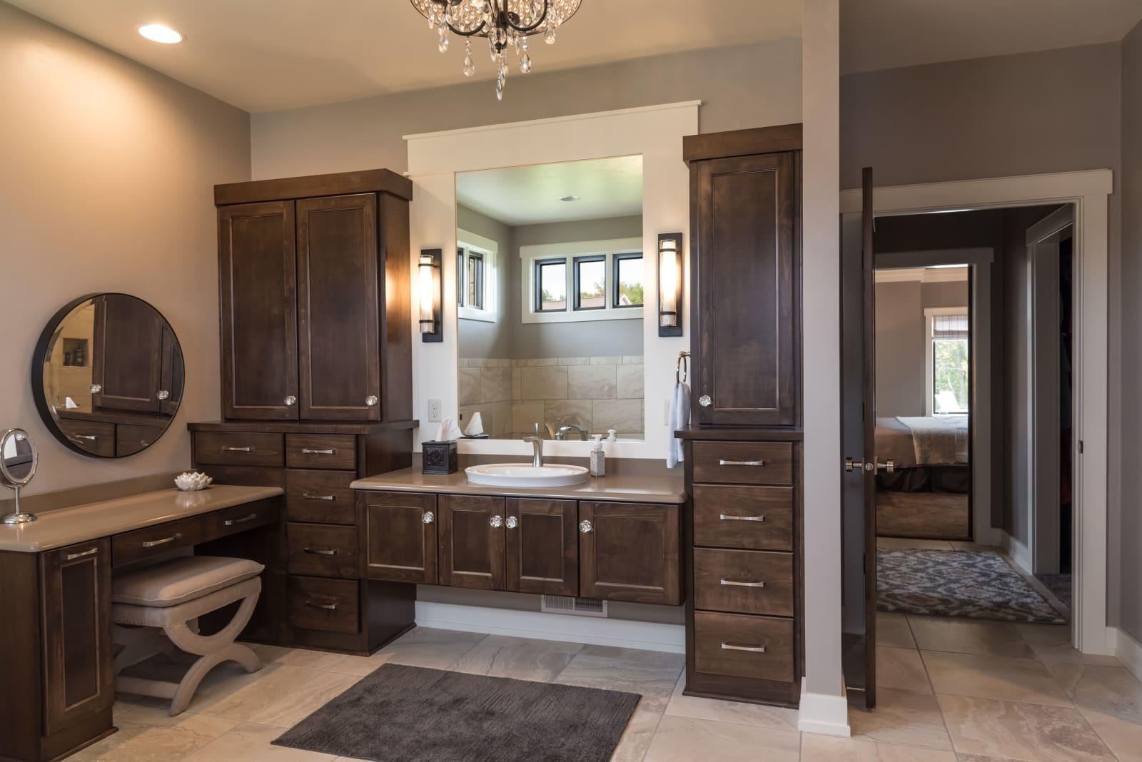 Van's Lumber Photography Master Bathroom andd Hallway