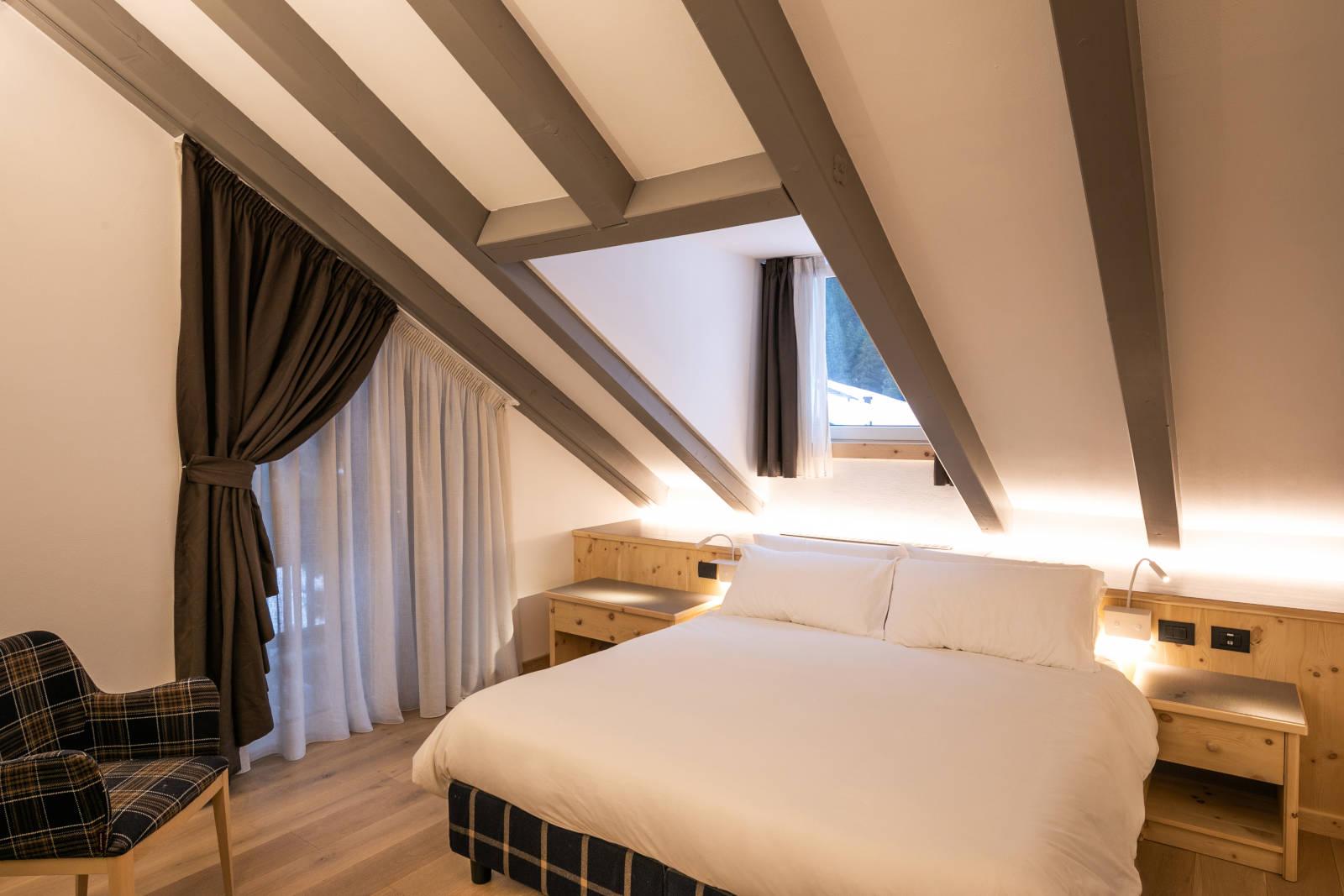 Camera Matrimoniale Comfort Aveis Hotel Medil Val di Fassa