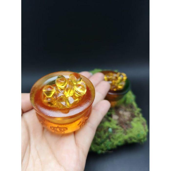 迷你黄琉璃聚宝盆+26颗1.4厘米元宝 Mini Golden Glass JuBaoPen+26pcs 1.4cm YuanBao