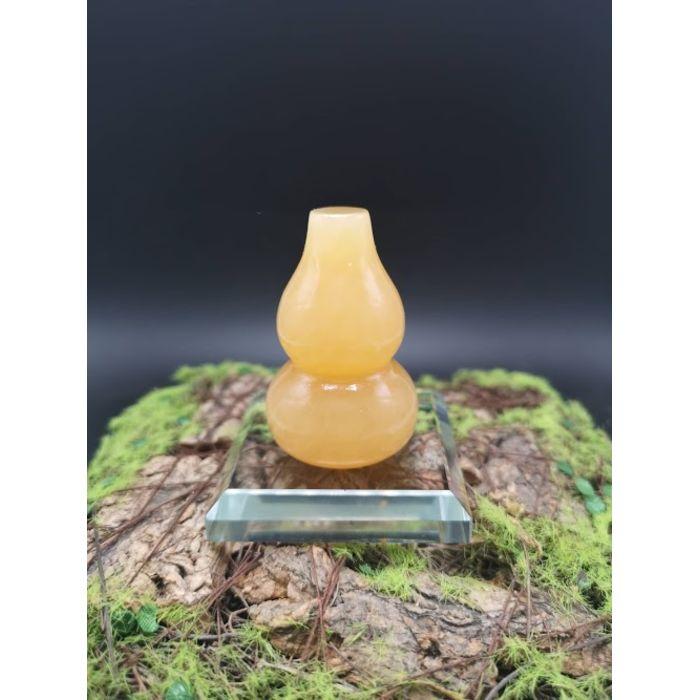 5厘米黄玉葫芦摆件(包玻璃底座)5cm Yellow Jade HuLu Decoration