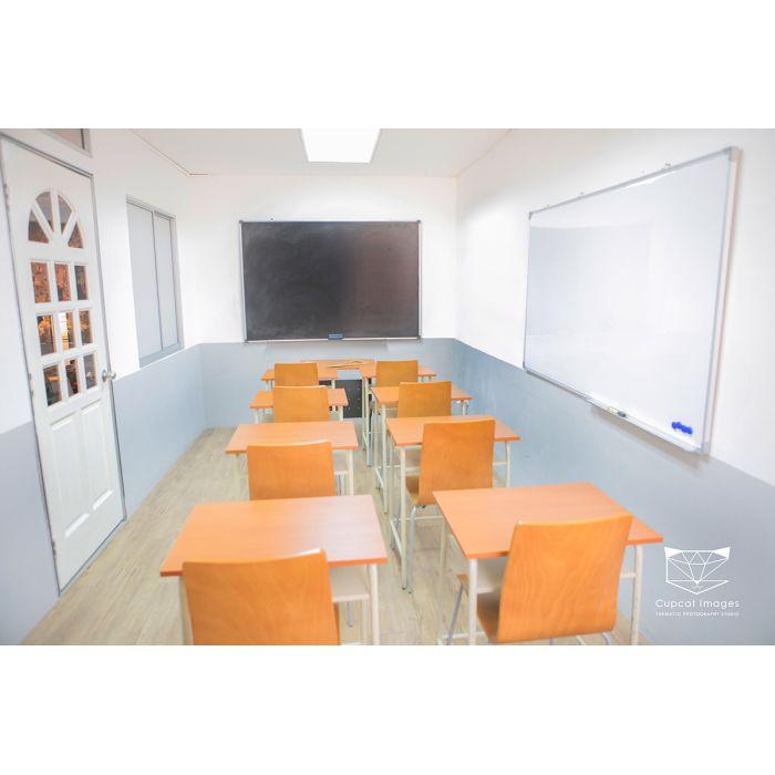 Classroom Theme (1 hour)