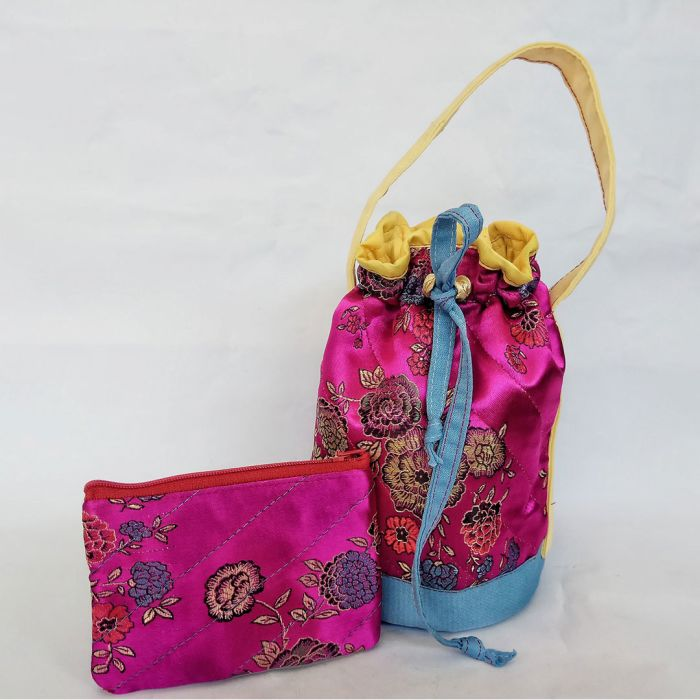 百分百纯手工水桶包 handmade bag (free coin wallet worth RM12附送一个零角包) ±22cm x ±13cm