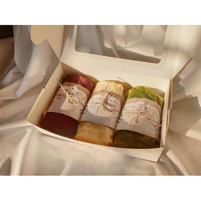 Mille Crepe Roll (Premium Box)