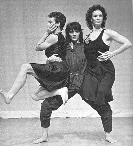 Three women ct9ojm