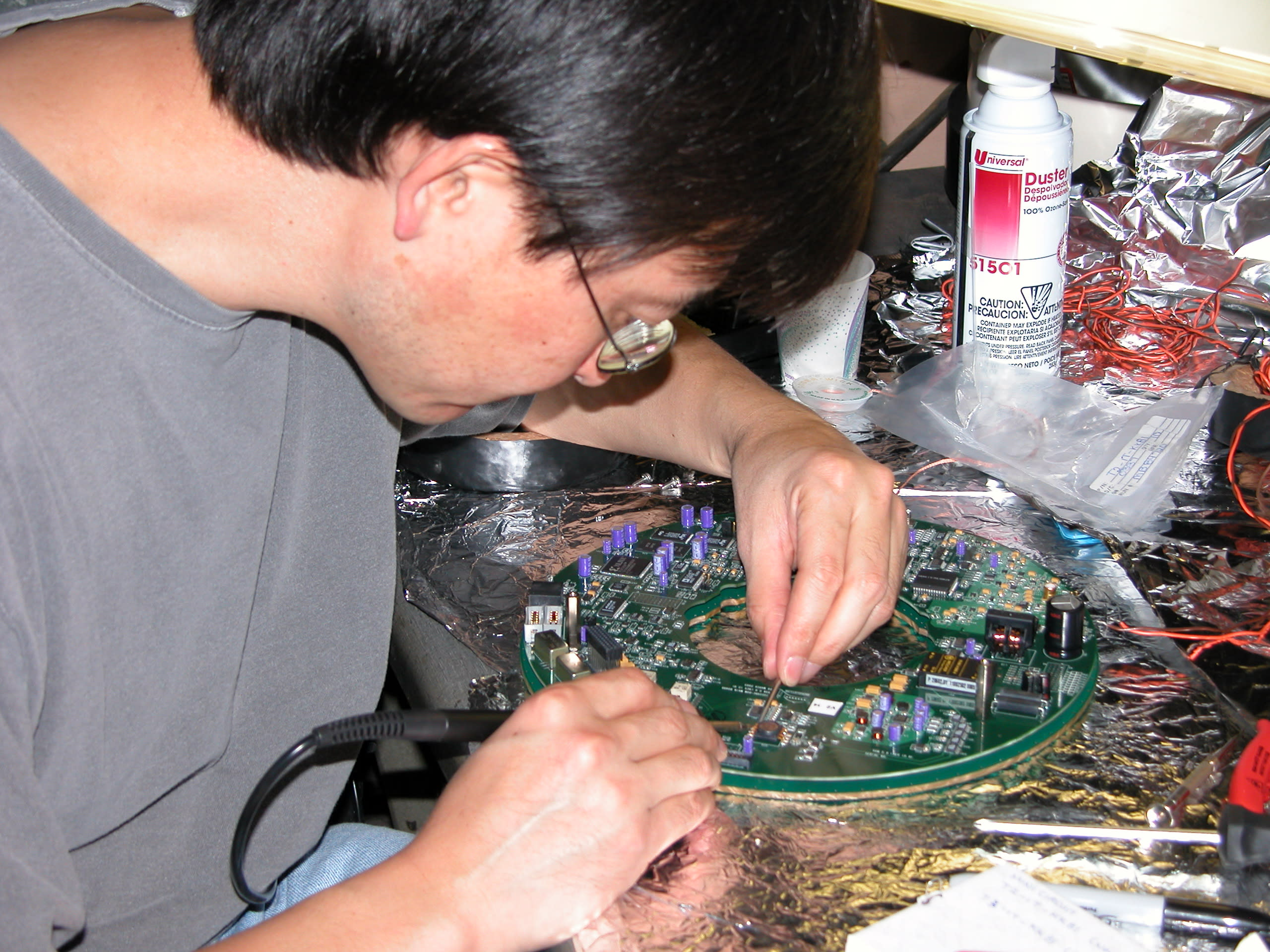Soldering the DOM main board