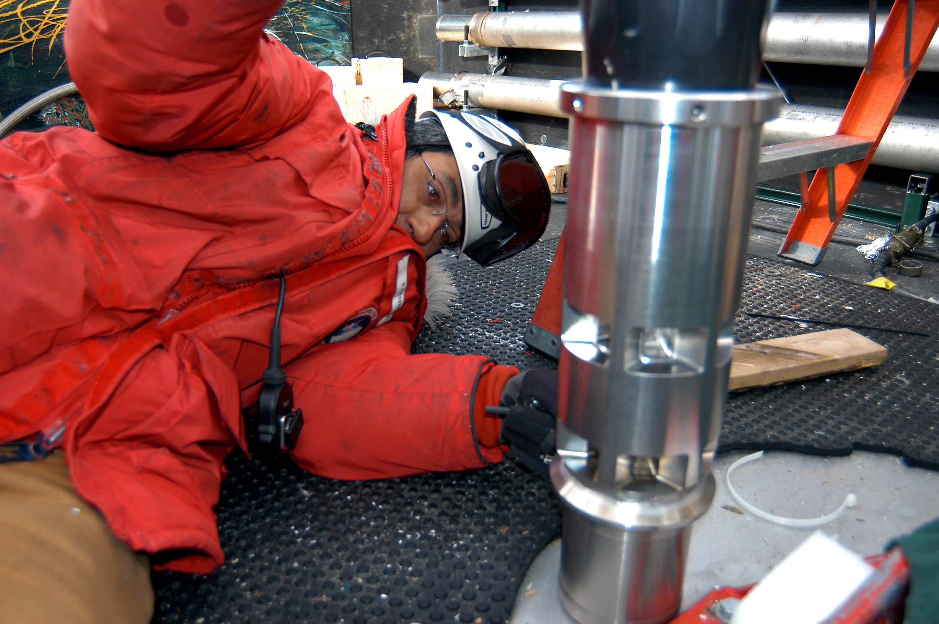 Preparing the drill head