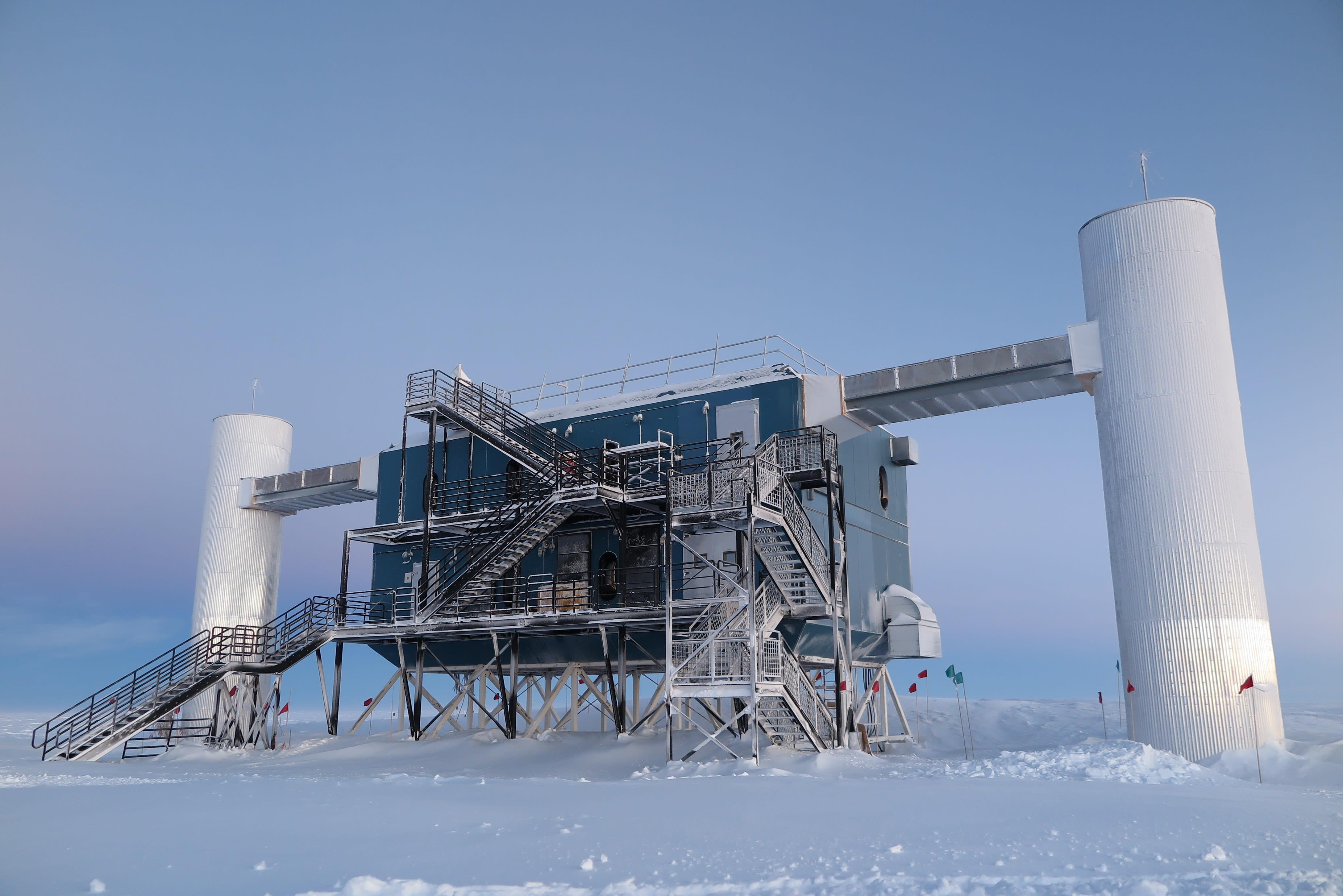 IceCube Lab, March 2015