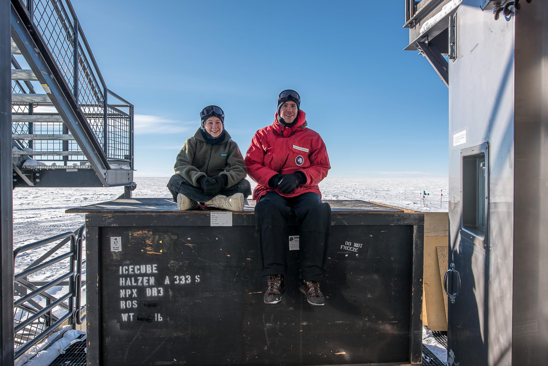 Raffaela Busse and Johannes Werthebach – IceCube's 2017-18 winterovers