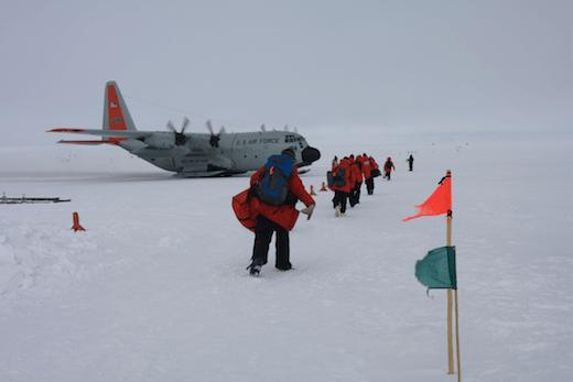 news_feat_end-of-10th-icecube-polar-season