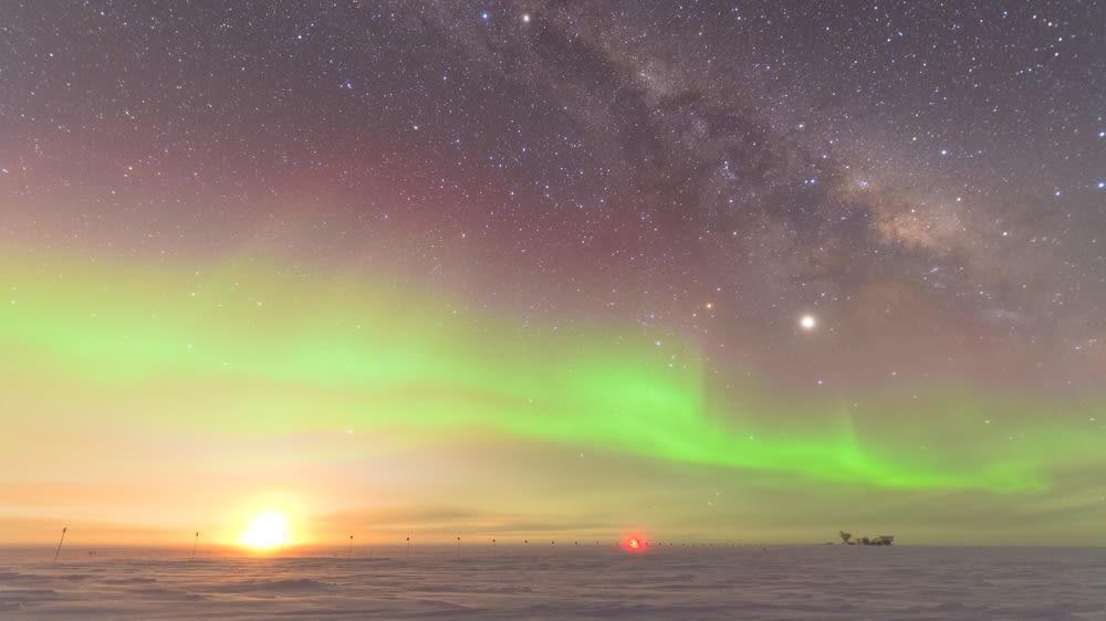 auroraandmoon