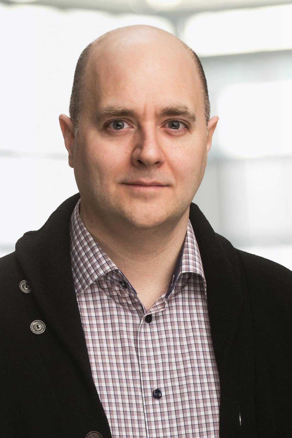 Asst. Prof. Darren Grant