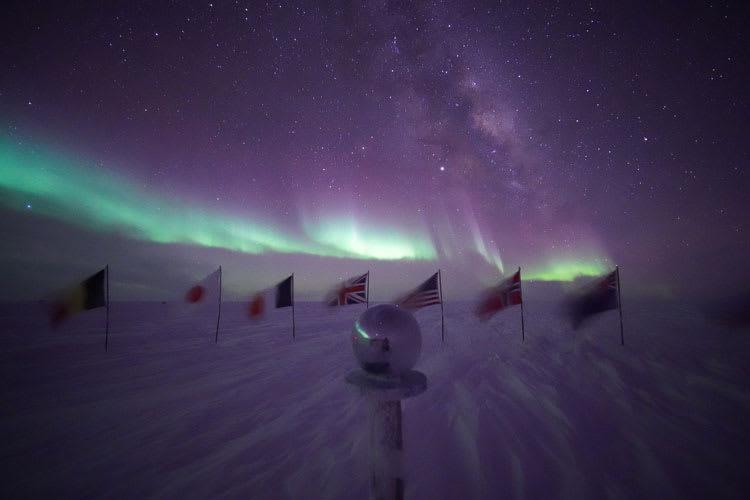 aurorasCeremPole