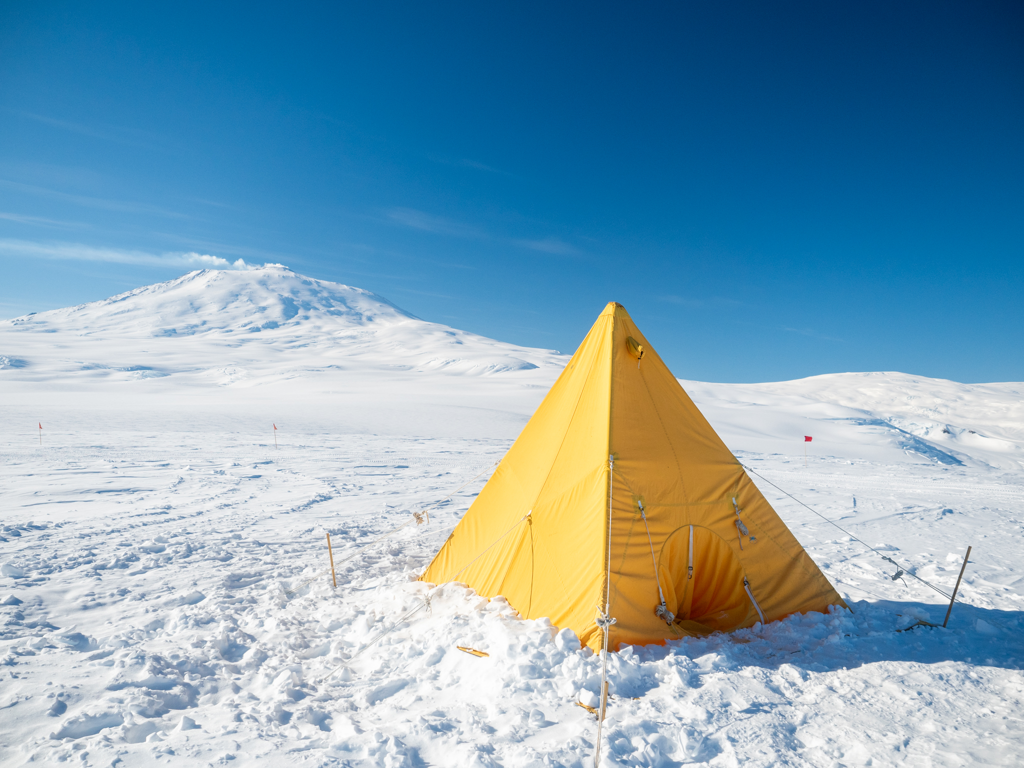 A Scott tent pitched on the icy plateau.