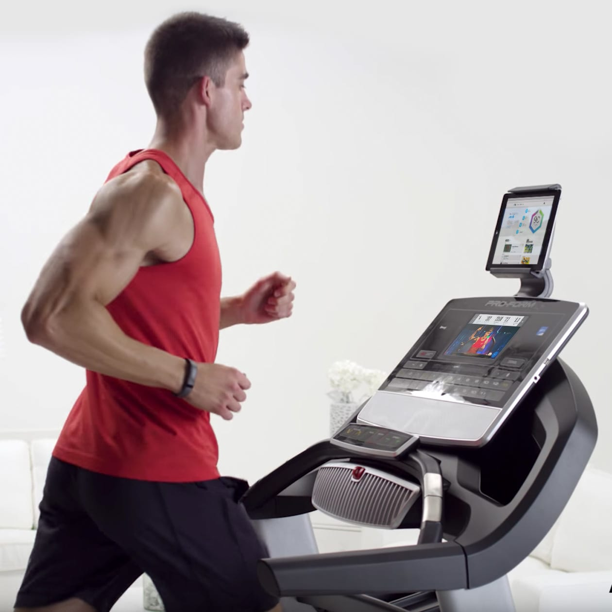 Workout Warehouse Treadmills ProForm Pro 9000  gallery image 6