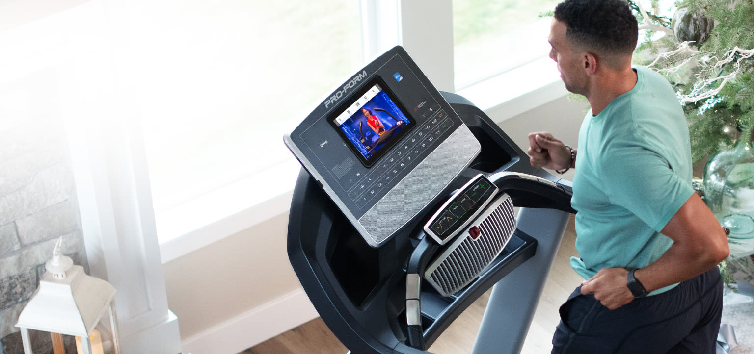 woman running on her SMART Pro 9000