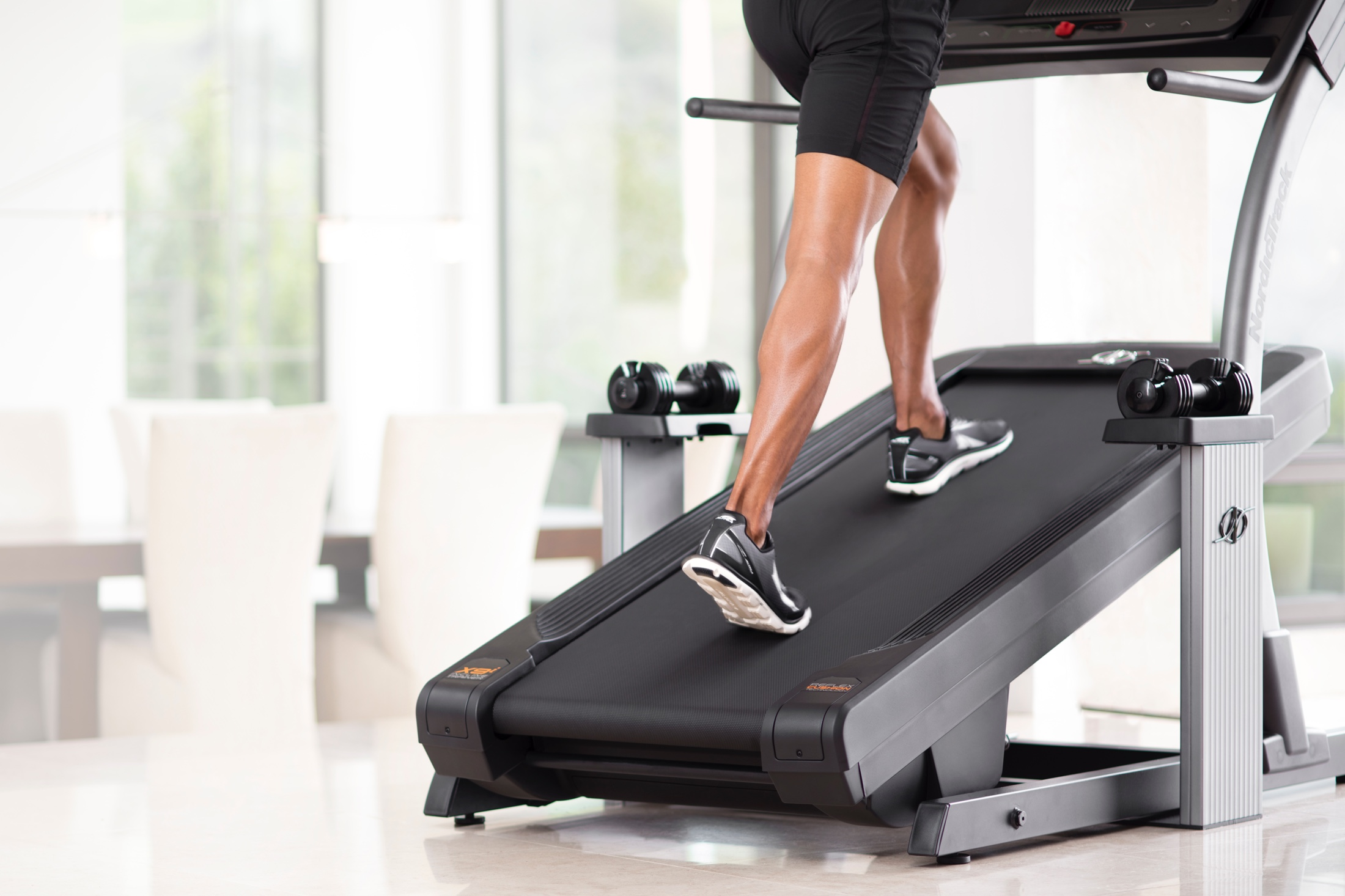 NordicTrack X9i Incline Trainer gallery image 6