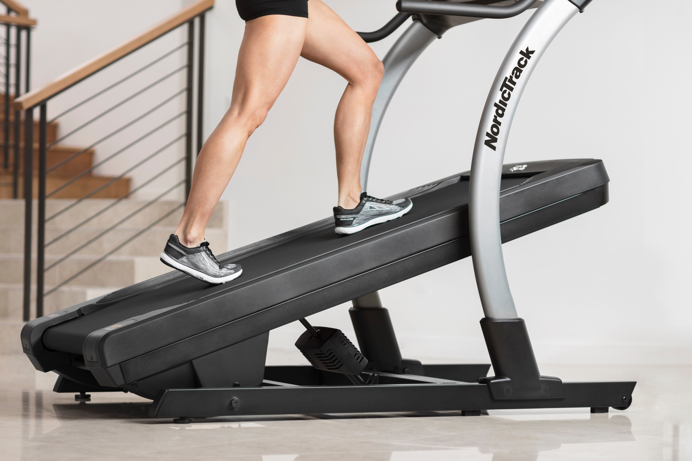 NordicTrack X11i Incline Trainer gallery image 6