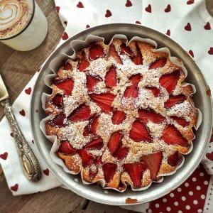 TORTA MORBIDA ALLE FRAGOLE - @clelia bakery