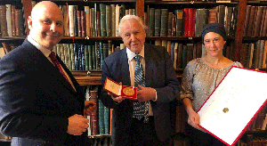 SIR DAVID ATTENBOROUGH RECEIVES THE ISF AWARD FOR HUMAN ACHIEVEMENT