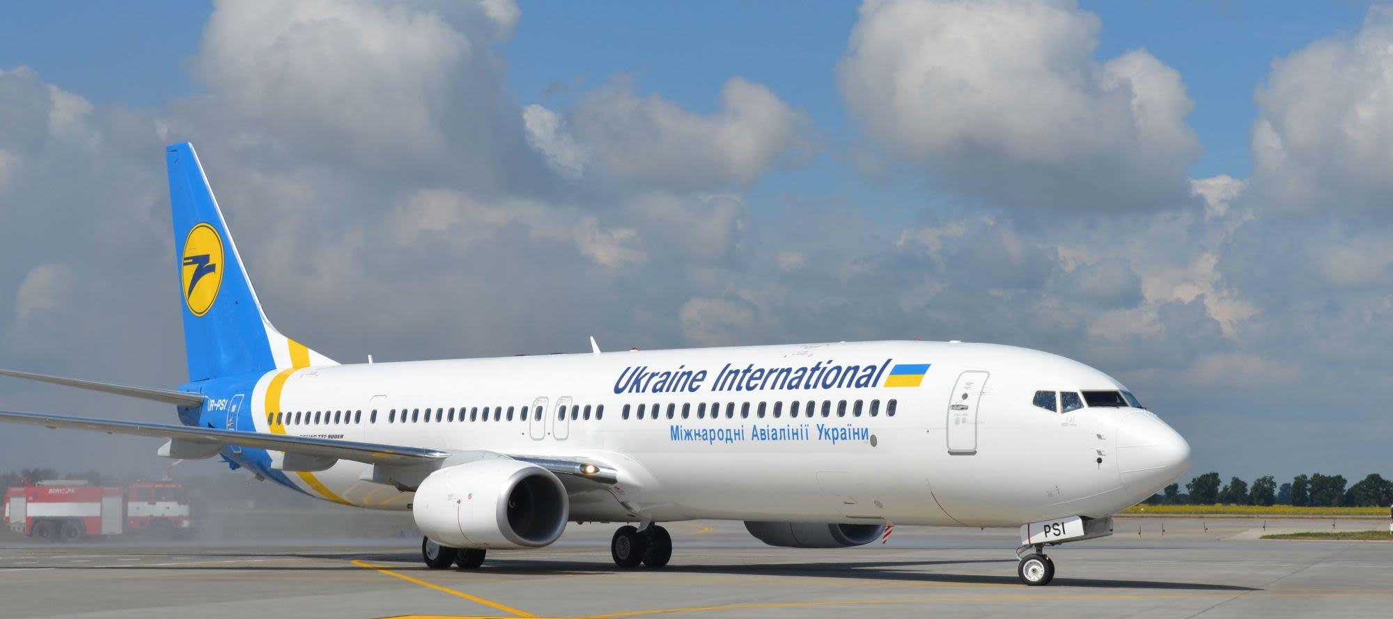 מטוס בואינג 737 של UIA יוקריין אינטרנשיונל איירליינס