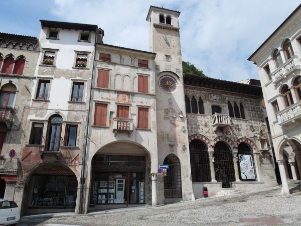 צפון איטליה: כיכר פלמיניו בויטוריו ונטו