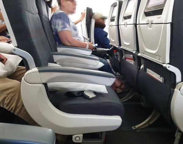 מושבים במטוס אייר קנדה