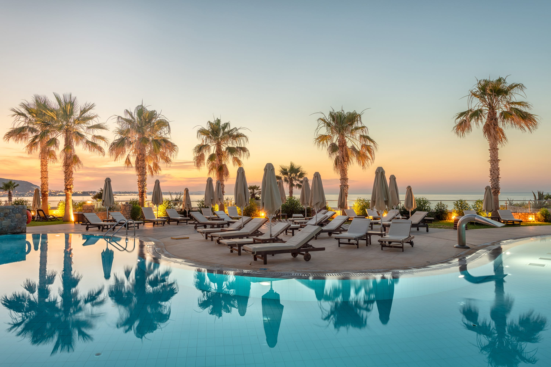 בריכה במלון נופש Amirandes Grecotel Exclusive Resort