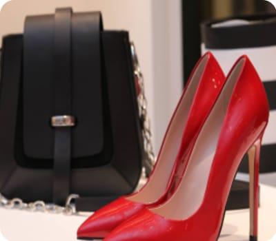 נעליים אדומות לקניה בבורדו