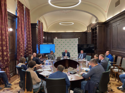 IIB contributes to strengthening and development of economic ties between its member states: the Bank took part in the business forum