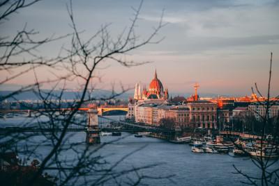 Первые итоги работы МИБ после релокации в Европу: Банк наращивает обороты кредитно-инвестиционной деятельности в интересах стран-акционеров