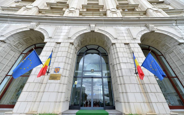 Dialogue with member countries: the IIB delegation meets the Minister of Public Finance of Romania