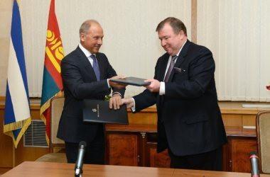 IIB and Vnesheconombank Strategic Partnership
