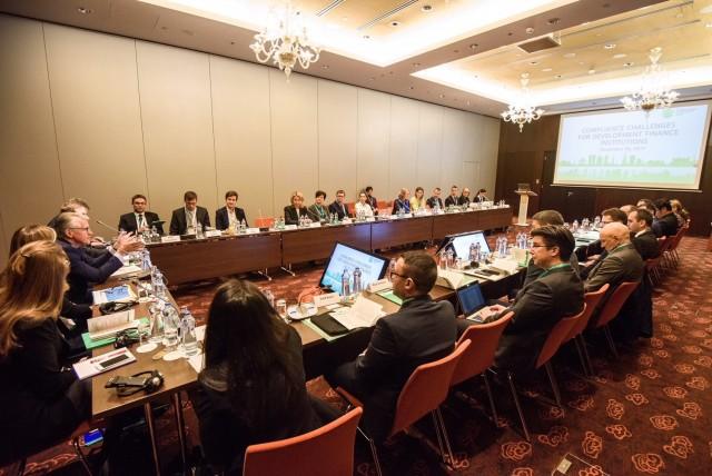 Дискуссия о комплаенс-рисках в работе институтов развития на семинаре МИБ в Братиславе