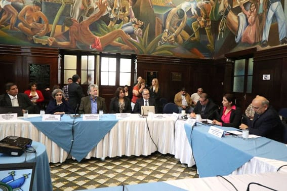 Meeting at the Republic of Guatemala Congress with the Health and Social Assistance Commission.