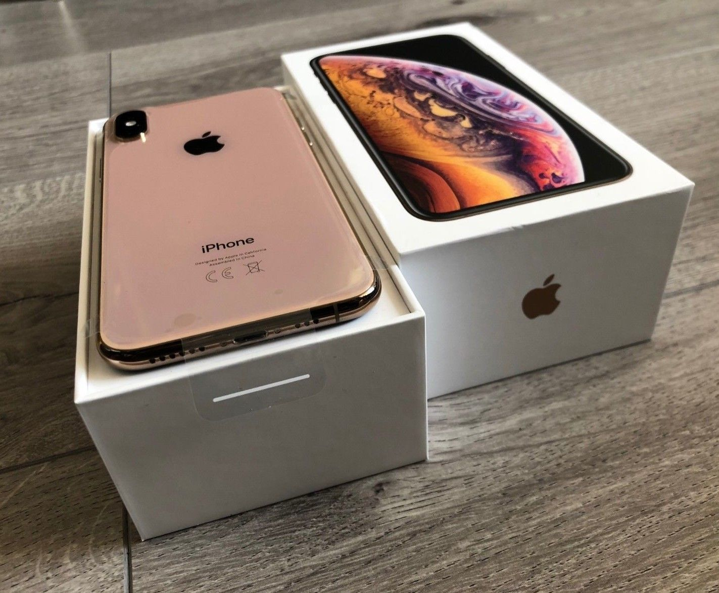Apple iPhone XS 64GB = €400 ,iPhone XS Max 64GB = €430,iPhone X 64GB = €300,iPhone 8 64GB  €250, Apple iPhone XR 64GB = €350 , Whatsapp Chat : +27837724253