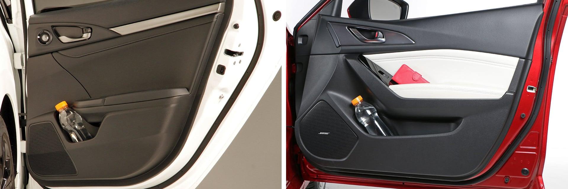 Ambos modelos tienen capacidad para poder guardar una botella de algo más de un litro en los huecos de las puertas traseras.