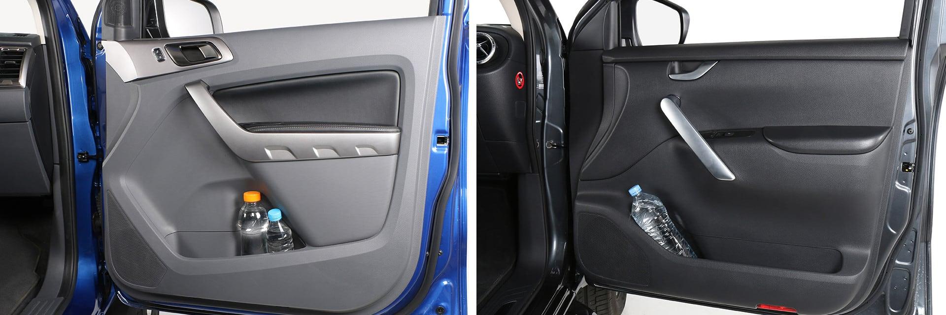 Los huecos que hay en las puertas delanteras tienen espacio suficiente para dejar una botella de 1,5 litros.