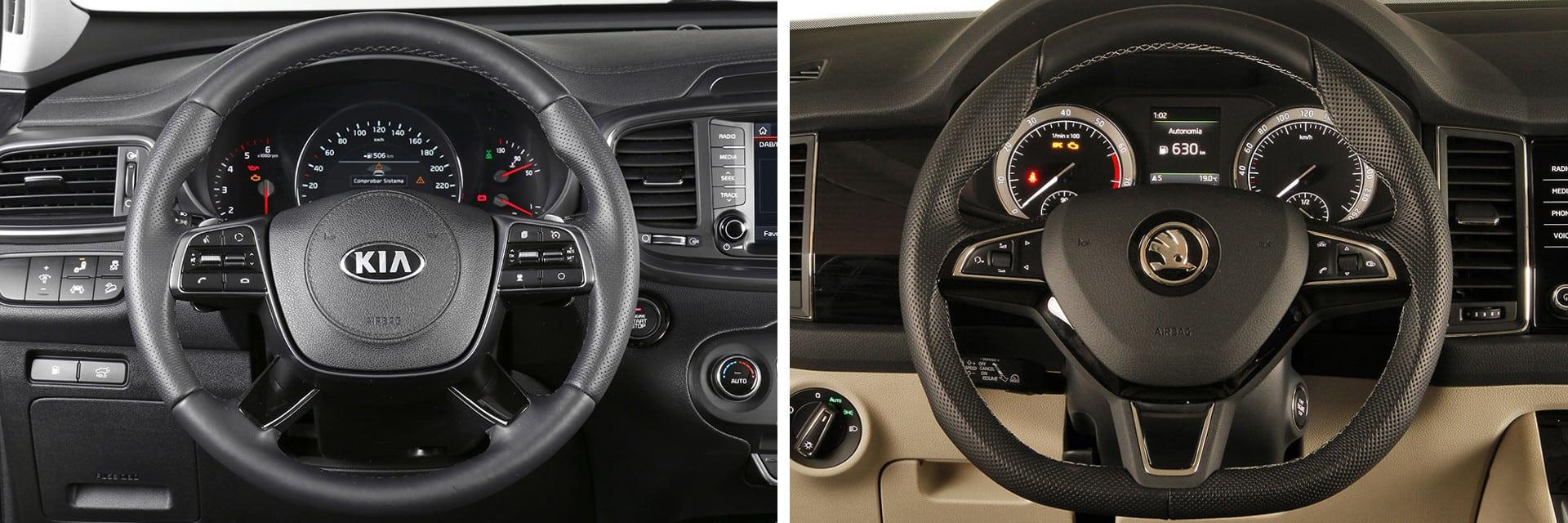 El volante del Sorento (izq) y el del Kodiaq (dcha) incluyen mandos para controlar el sistema multimedia.