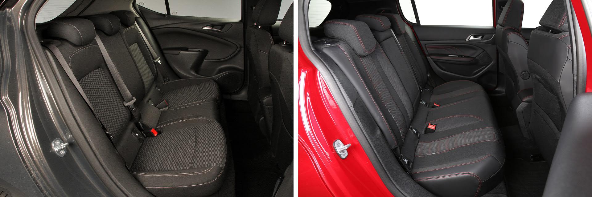 En la parte trasera del Opel Astra (izq.) las personas que sean altas estarán más cómodas que en el Peugeot 308 (dcha.)