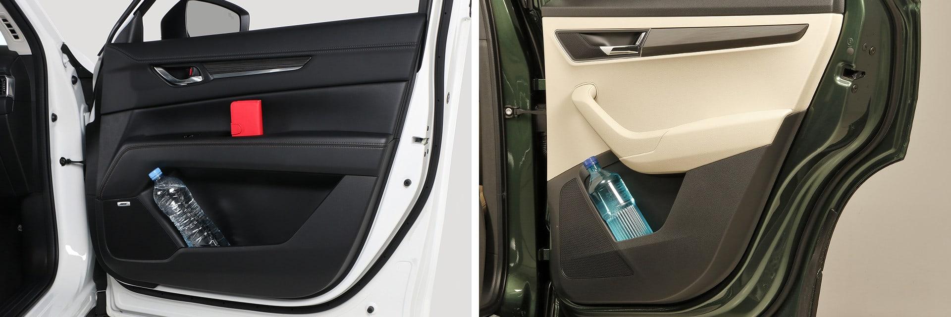 Las puertas de ambos coches disponen de amplios huecos portaobjetos que permiten llevar desde una botella de agua hasta otros más pequeños como carteras, llaves o móviles.