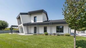 Nuova costruzione casa moderna ed efficiente