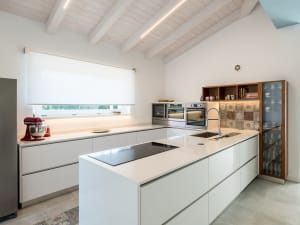 vista cucina su una casa Rossi F.lli